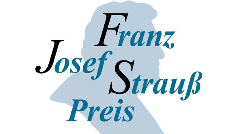 Zu den bisherigen Preisträgern zählen Helmut Kohl, Roman Herzog, Jean-Claude Juncker, George Bush sen. und seit 2015 auch der Schriftsteller Reiner Kunze.