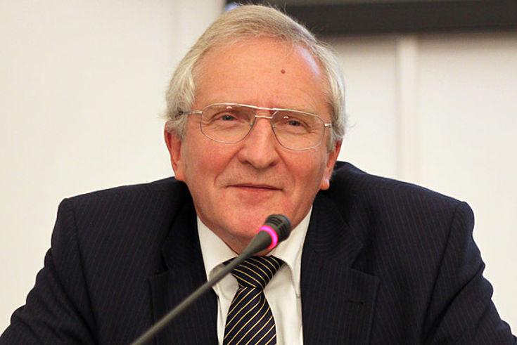 Roland Kaiser, Geschäftsführer der Landesärztekammer Hessen a.D