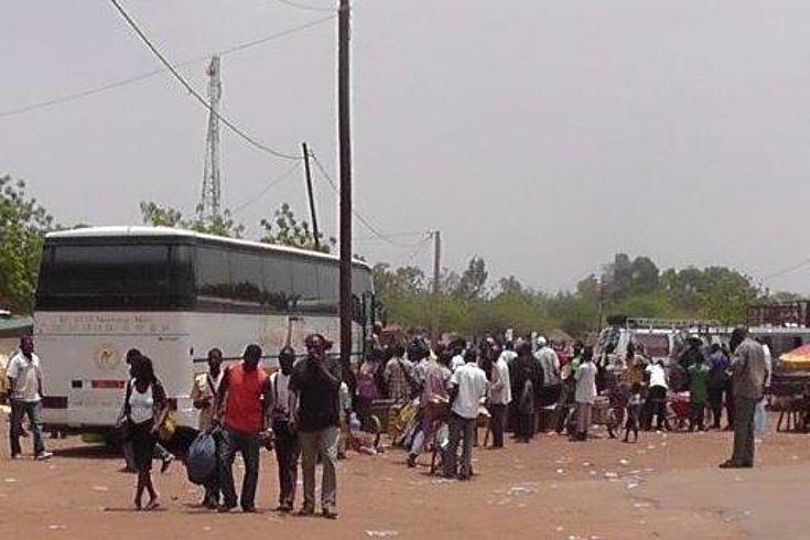 Auf einem Marktplatz in Mali ¬ Fast die Hälfte der Bevölkerung ist jünger als 14