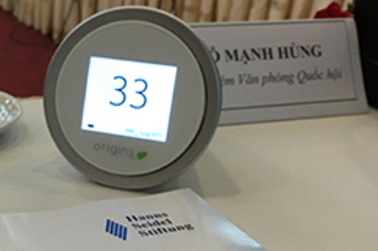 Selbst im geschlossenen Konferenzraum überschritt die Feinstaubkonzentration den von der WHO empfohlenen Wert von 15µg/m3