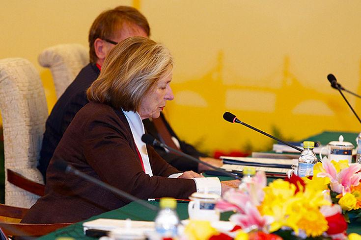 Ursula Männle vertritt die deutschen politischen Stiftungen bei der Hauptveranstaltung des Deutsch-Chinesischen Dialogs