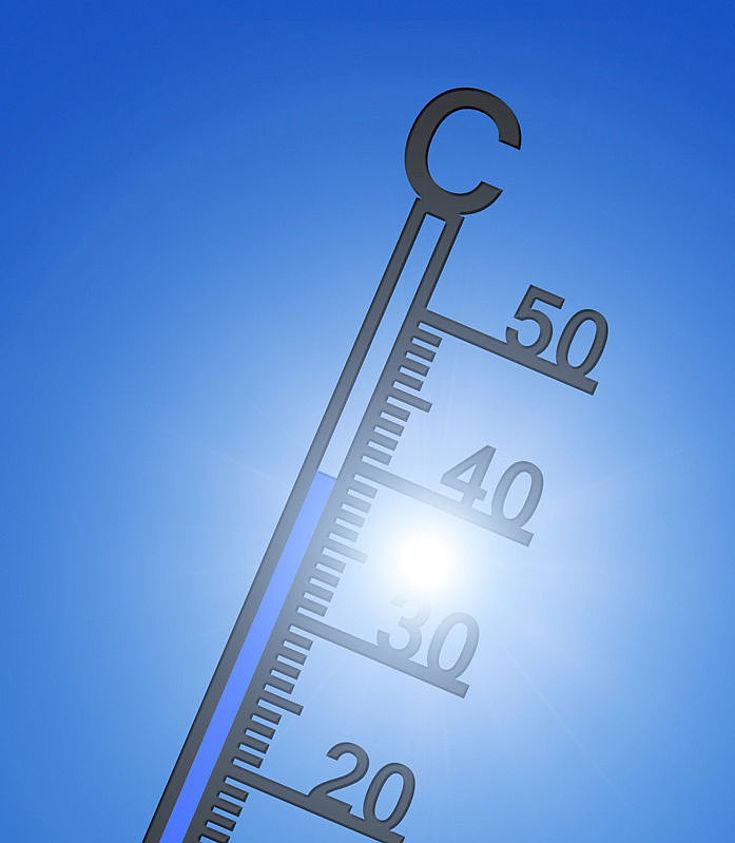 Ein Thermometer vor der Sonne