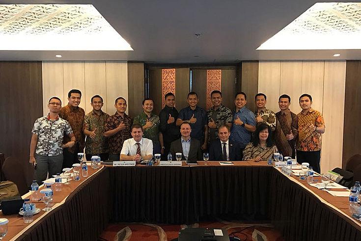 Gute Laune beim ersten Treffen des Bayerisch-Indonesischen-Alumni-Netzwerks (Bipa).