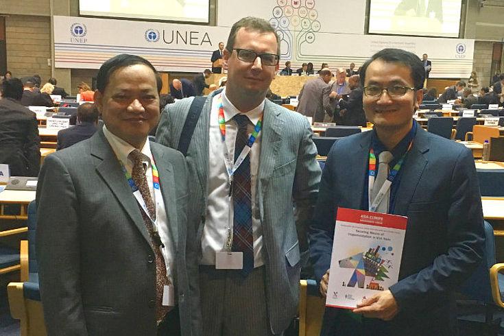Do Nam Thang aus Vietnam, Axel Neubert und Vann Monyneath aus Kamboscha