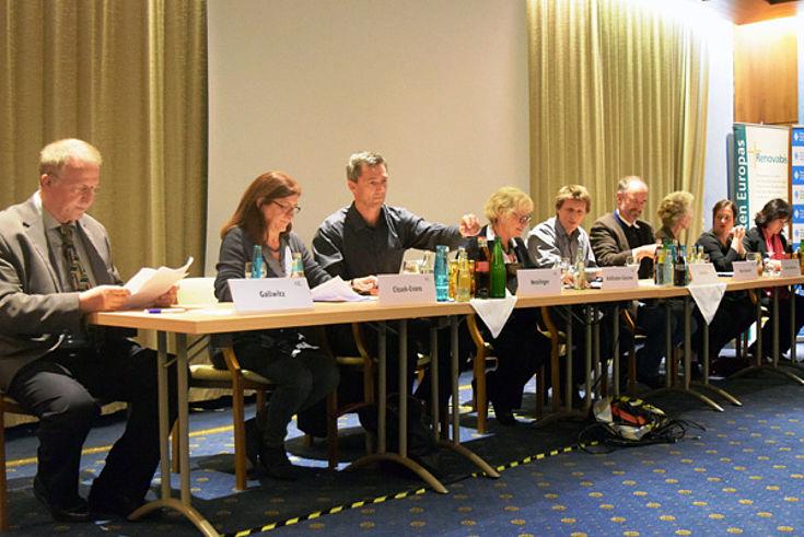 Gallwitz, Cissek-Evans, Nesslinger, Halbhuber-Gassner, Gerheim, Renzikowski, Unterreithmeier, Nagl, Eiling-Hütig (v.l.)