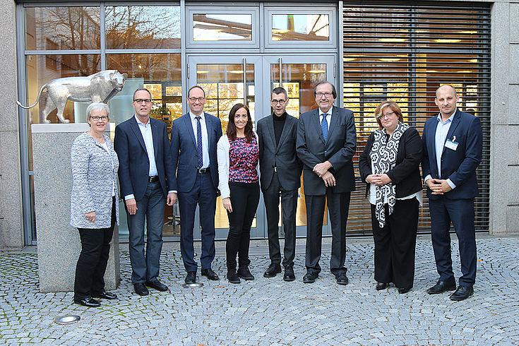Unsere Referenten am Nachmittag. 3.v.r Bernhard Seidenath, MdL, neben Tina Pickert, CSU (4.v.r.)