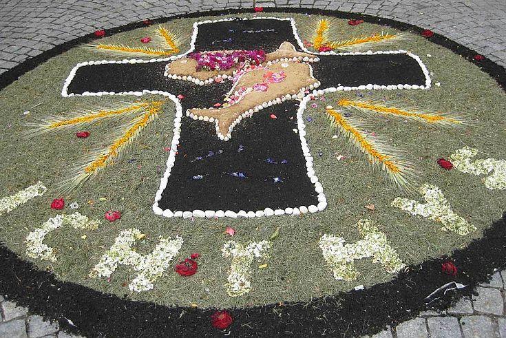 Blumenteppich in Velburg
