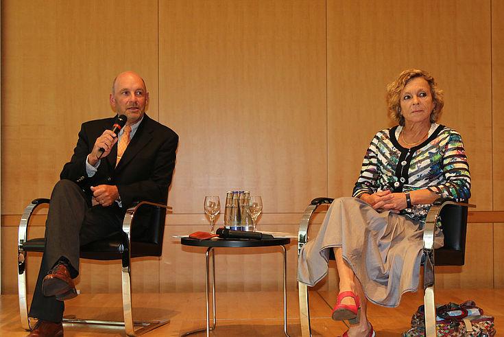 Prof. Dr. Reinhard Meier-Walser (HSS) und Prof. Dr. Gisela Müller-Brandeck-Bocquet sprechen über die neue Rolle Deutschlands in einer sich verändernden Weltordnung.