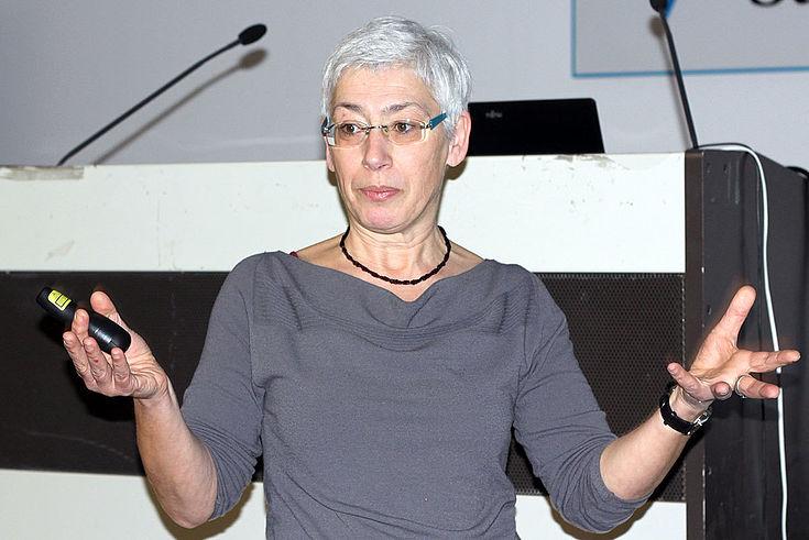 Christine Schanze berichtet von ihrer Projektarbeit in Afrika