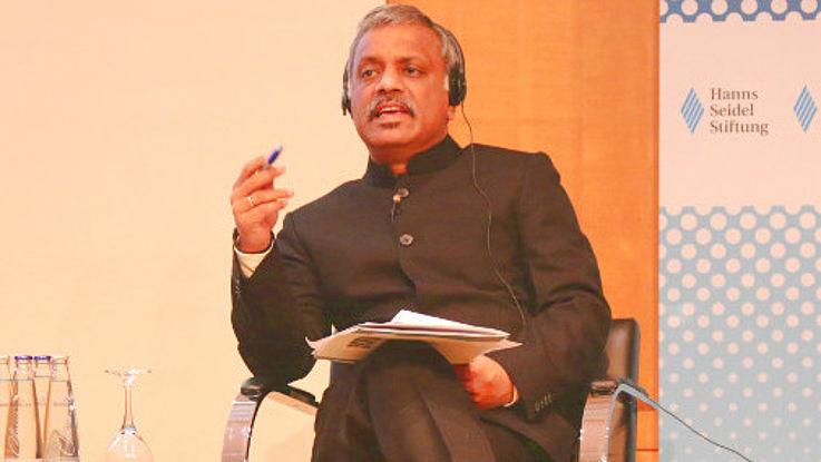 Uttam Sinha referiert über Wassermanagement