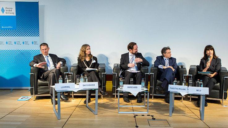 Panel 1: Malte Lehming, Shuli Davidovich, Michael Borchard, Raul Fuentes Milani, Einat Wilf