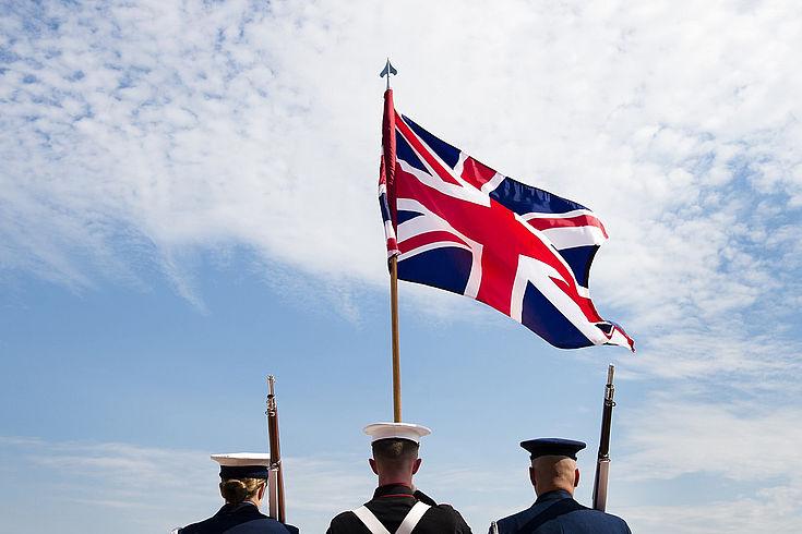 """Theresa May: Die """"Spielchen"""" der Lords machen Großbritannien instabil und gefährden den Erfolg des Brexit."""