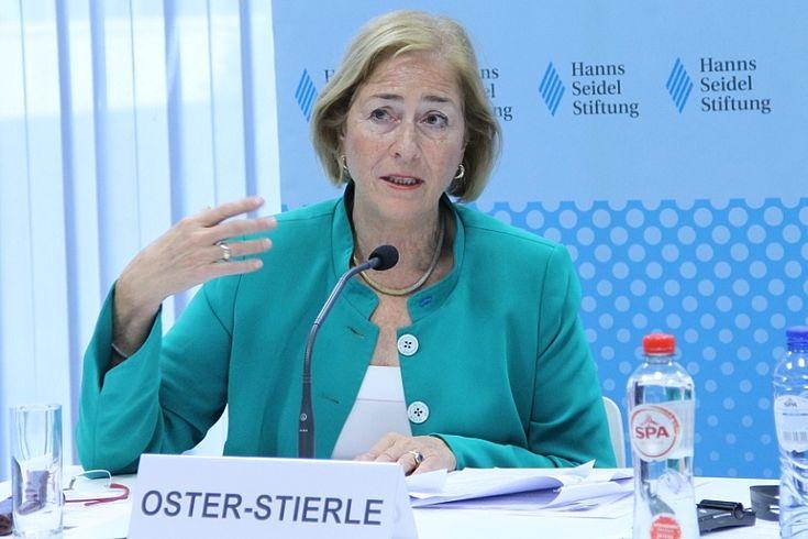 Paricia Oster-Stierle betonte, wie wichtig Sprachen für das gegenseitige Verständnis in Europa sind.