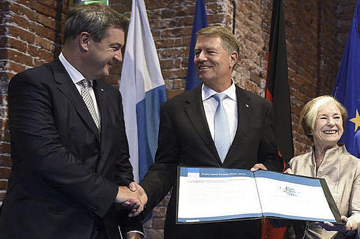 Franz Josef Strauß-Preis für den rumänischen Staatspräsidenten mit Markus Söder, Ursula Männle, Angelika Niebler, Barbara Stamm und Manfred Weber