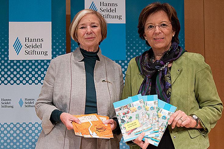 Ursula Männle und Emilia Müller