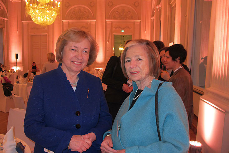 Ursula Männle mit Staatssekretärin Maria Böhmer