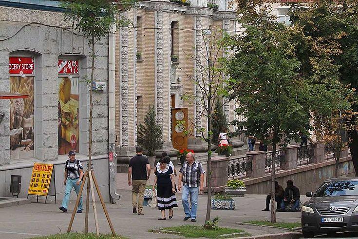 Nach den erfolgreichen Parlamentswahlen hat Präsident Selensky im Parlament die Basis für Reformen