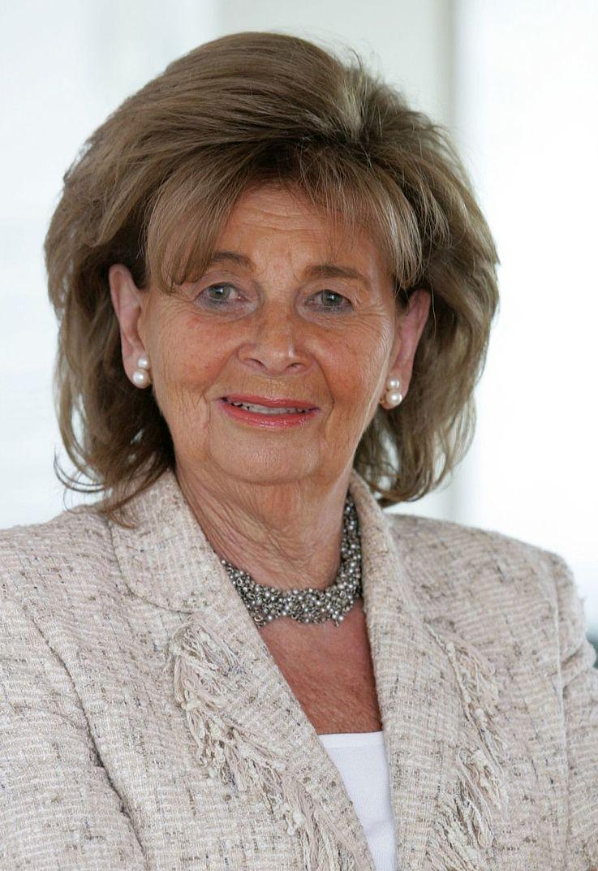 Dr. h.c. Charlotte Knobloch ist Präsidentin der Israelitischen Kultusgemeinde München und Oberbayern sowie Commissioner for Holocaust Memory des World Jewish Congress. Von 2006 bis 2010 war sie Präsidentin des Zentralrats der Juden in Deutschland.