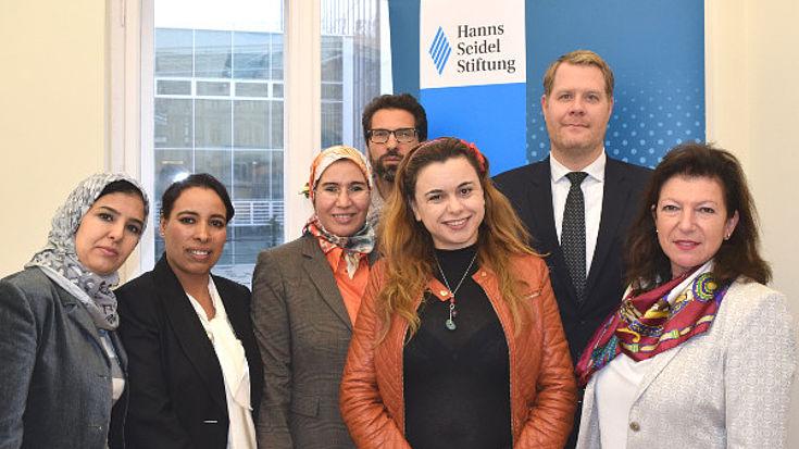 Teilnehmer der Delegation in Berlin mit Gudrun Zollner (ganz rechts)