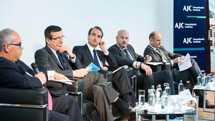 Panel 3: Tommy Steiner, Cristian Dan Preda, MEP; Jason Isaacson (Moderator), Oberst Ron Wisel, Roland Freudenstein