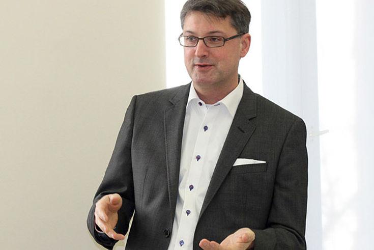 PD Dr. habil. Christoph Lübbert