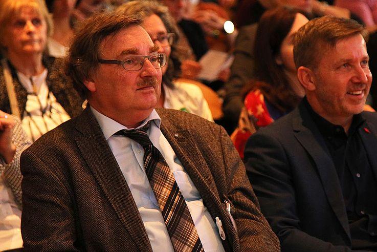 Joachim Unterländer und Prof. Dr. Phil. Markus Witzmann, Hochschule München und Geschäftsführer des Autismuskompetenzzentrums Oberbayern (rechts)