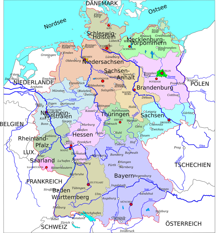 Wie gut ist die Erreichbarkeit bestimmter Einrichtungen? Wie sieht die Einwohnerentwicklung aus? Welche Pendlerverflechtungen gibt es? Bei diesen Fragen teilt sich Deutschland grob in drei Teile: Osten, Süden und Westen.