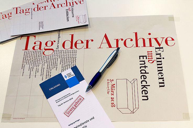 """""""Das Motto lautet in diesem Jahr 'Demokratie und Bürgerrechte'. Damit wurde ein Thema gewählt, welches zwar immer eine gewisse Aktualität besitzt, zuletzt aber wieder stärker in den Fokus gerückt ist"""", schreibt Ralf Jacob der Vorsitzende des VdA - Verband deutscher Archivarinnen und Archivare."""