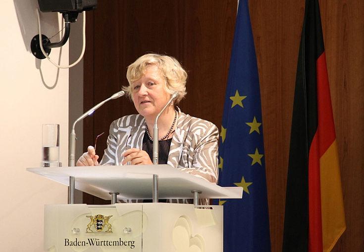 """""""Europa ist mehr als die Summe seiner Mitglieder."""" Für die estnische EU-Botschafterin Kaja Teal muss ein erfolgreiches Europa pragmatische und idealistisch handeln."""