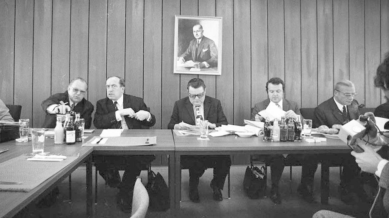 CSU-Parteivorstandssitzung in den 1970er-Jahren in der Parteizentrale in der Lazarettstraße