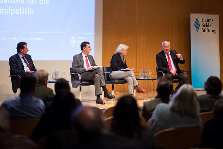 Julian Nida-Rümelin, Gerhard Hirscher, Ursula Münch, Ludwig Spaenle