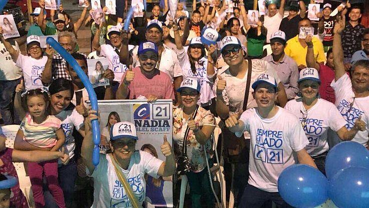 Die politisch rechts orientierten Parteien feiern große Siege: Ihre Positionen gegen die ehemalige Guerilla FARC sind bei den Kolumbianern gerne gesehen.