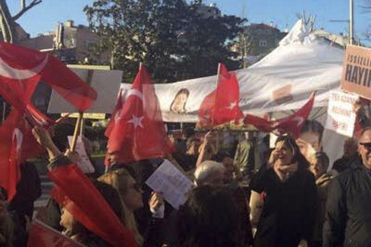 Intensiver Wahlkampf der türkischen Parteien um jede Stimme in Istanbul
