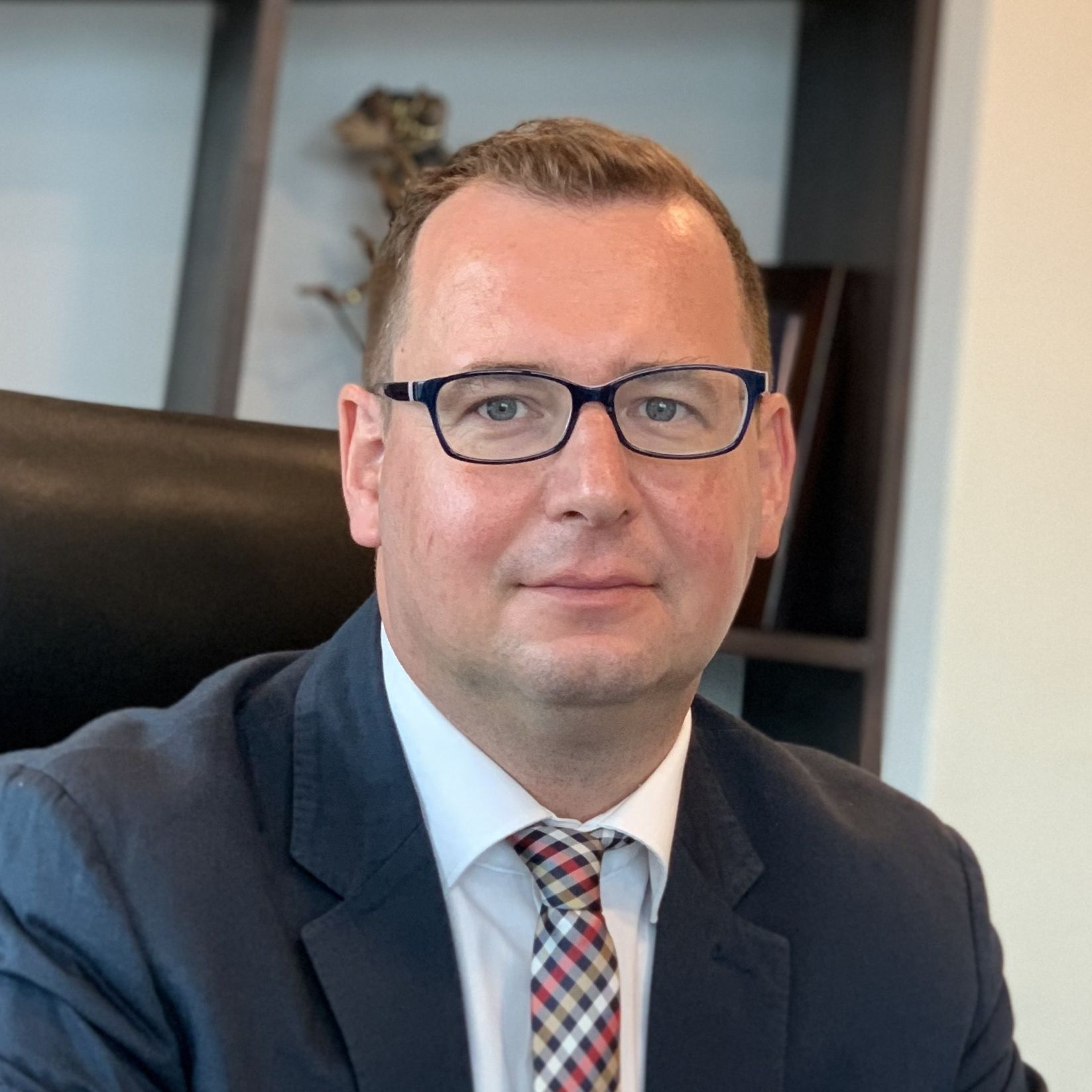 Projektleitung: Dr. Axel Neubert