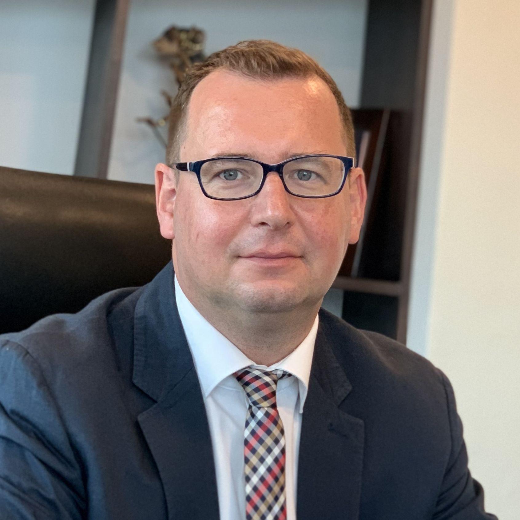Projektleitung Dr. Axel Neubert