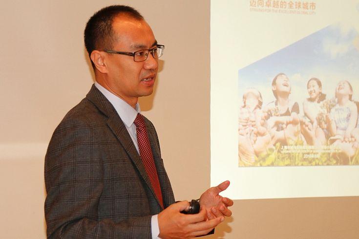 Prof. Dr. Zhengfeng Zhang strebt eine umfassendere und effzientere Bodenordnung an