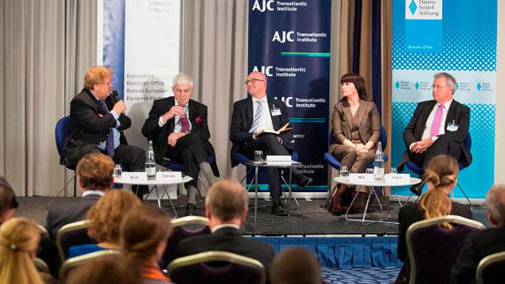 Elmar Brok, MdEP; Prof. Dr. Michael Stürmer; Daniel Schwammenthal (Moderator); Dr. Einat Wilf; Markus Ferber, MdEP.