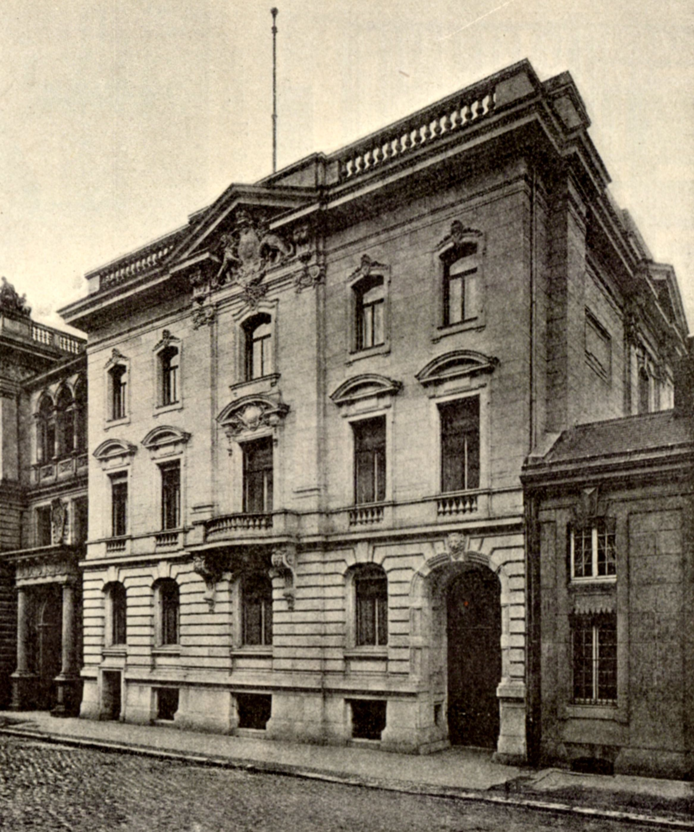Berlin, Bayerische Gesandtschaft in der Vossstraße 1896