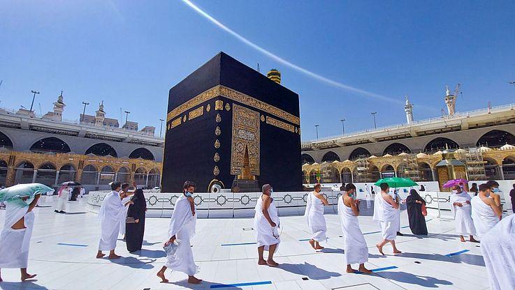 Zum Höhepunkt der Pilgerfahrt nach Mekka findet das Opferfest statt, das höchste islamische Fest.