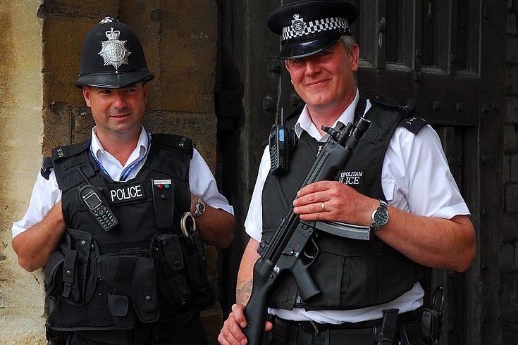 Die massive Kürzung von Polizeistellen während ihrer Amtszeit als Innenministerin wurde May zum Verhängnis.