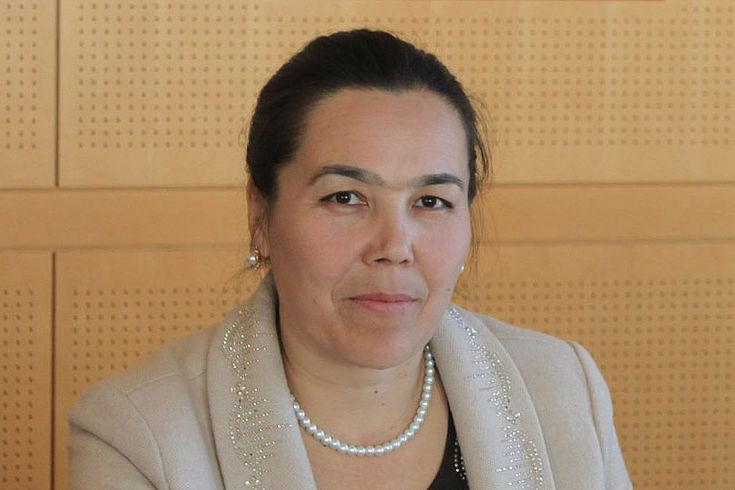 Hasanova Zarina, stellvertretende Landrätin des Kreises Safarabad im Regierungsbezirk Sogd in Tadschikistan.