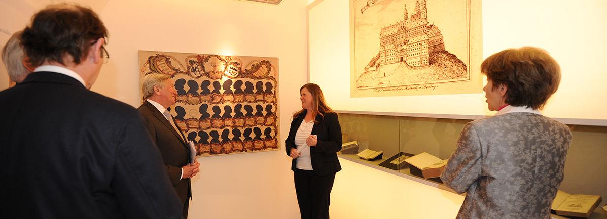Die Leiterin des Museums, Brigitte Eichner-Grünbeck, bei der Eröffnung
