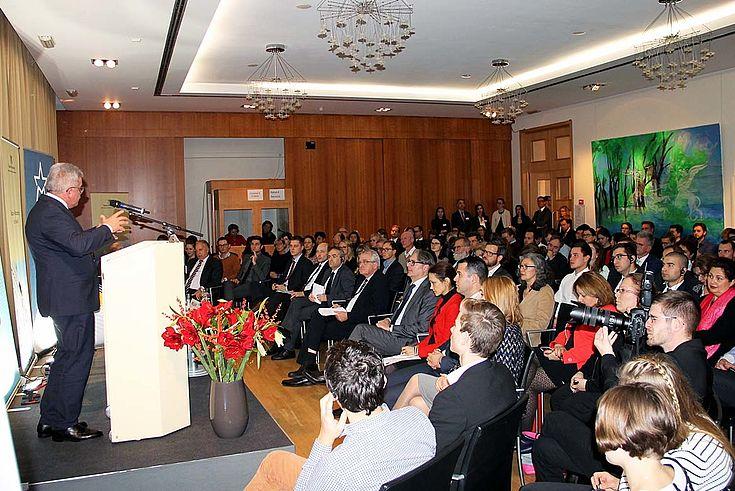 Schwerpunkte für Bulgarien: Sicherheits- und Migrationspolitik, Jugendarbeitslosigkeit, Digitalisierung