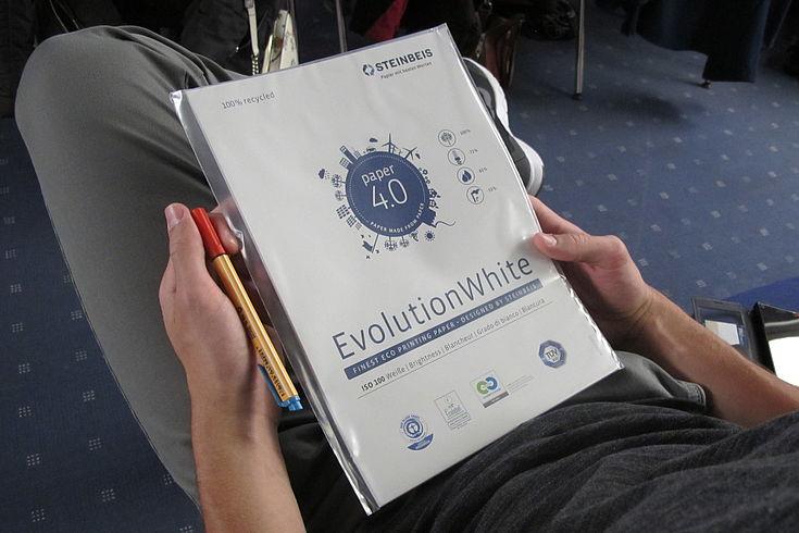 In ökologischen Verfahren hergestelltes Papier