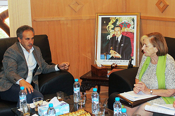 Samir Goudar, Vize-Präsident der Region, einen umfassenden Überblick über die neue Kompetenzverteilung mit der Zentralregierung in Rabat