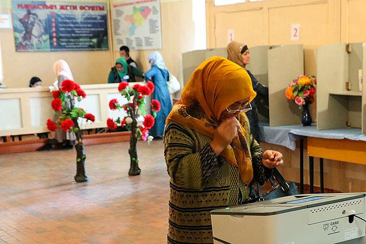Eines der insgesamt 2.375 Wahllokale. Das Personal war engagiert und gut vorbereitet