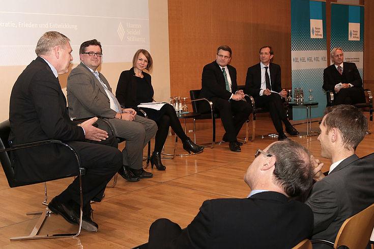 Bernhard Böhm, Hans Kudlich, Helene Bubrowski, Winfried Bausback, Alexander Ignor,Erik Ohlenschlager