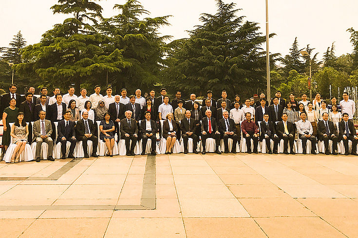 Internationales Symposium der HSS in Jinan zum Jubiläum von 30 Jahren Partnerschaft zwischen Shandong und Bayern mit Teilnehmern aus China, Vietnam, Kambodscha, Laos, Philippinen, Malaysia