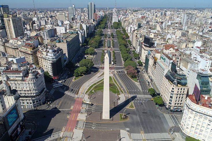 In Buenos Aires steht das öffentliche Leben still, auch am Obelisken, einem Wahrzeichen von Buenos Aires.