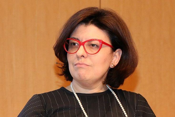 Für die stellvertretende Sprecherin des ukrainischen Parlaments, Oksana Syroid, dürfe Föderalimus nicht durch externe Akteure oktroyiert werden.